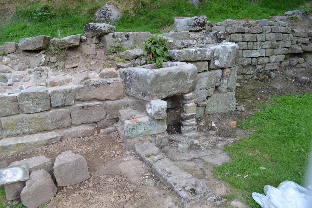 Stone sink stabilised